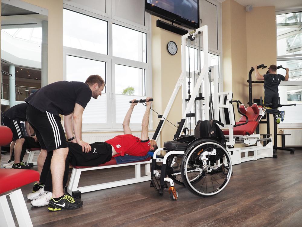 Rehasport im Sport- & Gesundheitsstudio der OstseeTherme Usedom