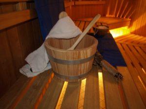 Die Utensilien für einen Aufguss in der Saunawelt der OstseeTherme Usedom