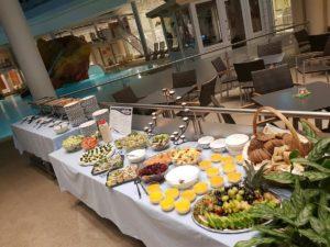 Das Buffet zur Mitternachtssauna in der OstseeTherme Usedom